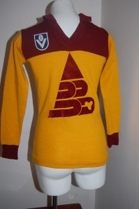 Vintage 1987 Brisbane Bears Football Jumper